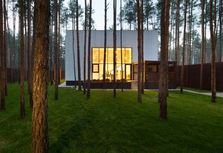 cube house design ideas,contemporary house design ideas,house in forest,house in woods,modern architecture,