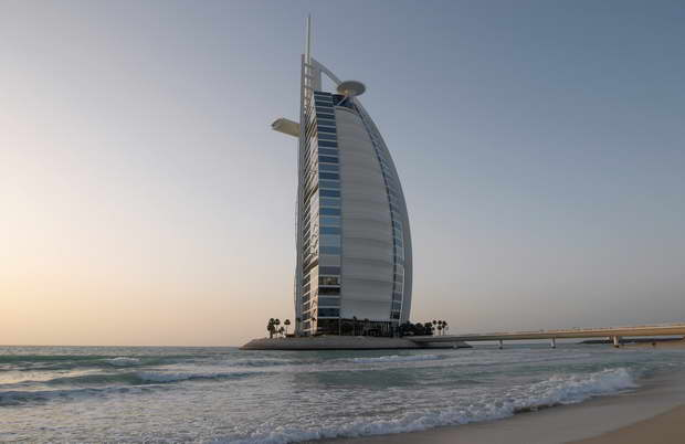 Burj Al Arab,luxury hotel in dubai,luxury hotels of the world,ship shaped hotel,famous hotels in dubai,