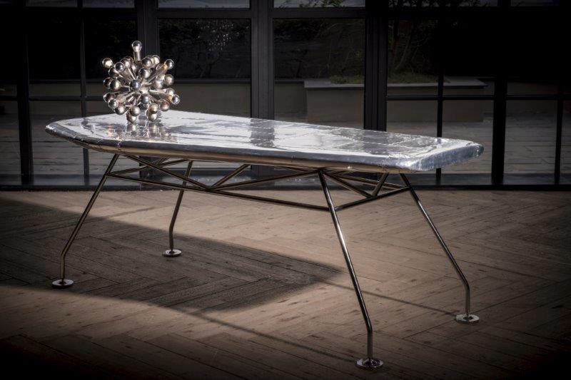 3-archi-living-dining-table-Adventurer-Airfoil-Desk-Product-Lifestyle.jpg