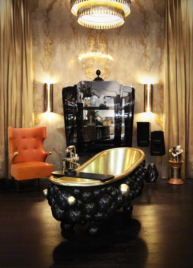 5-newton-bathtubs-palace-display-case-maison-valentina-HR_resize.jpg