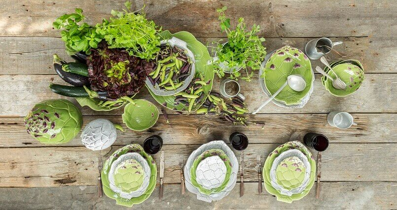 artichoke shaped tableware,table setting ideas for everyday,green and white table decorations,artichoke shaped bowl,dining table setting ideas in green,