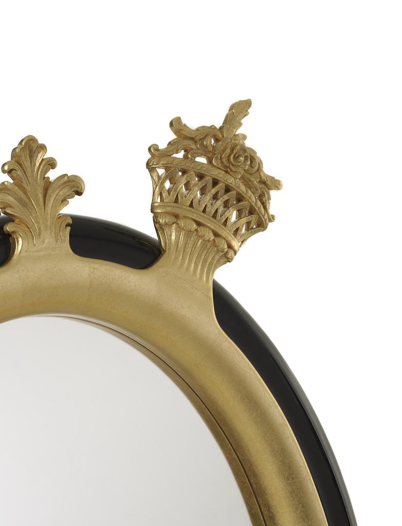 A_Bessa_Sissi-mirror_gold-leaf_luxury-design_Archi-living_resize.jpg