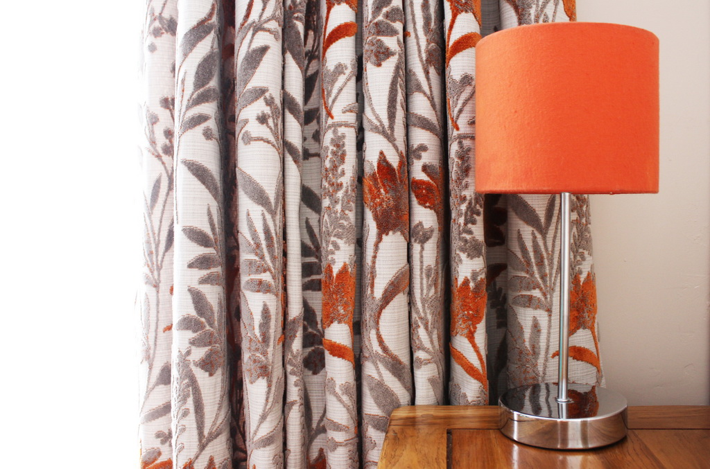A_HSNQ_Furnishings_soft_decor_interior_decorating_curtain_Archi-living_resize.jpg