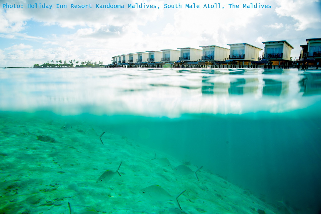 A_Holiday-Inn-Resort-Kandooma-Maldives_South-Male-Atoll_sea-view_Archi-living_resize.jpg