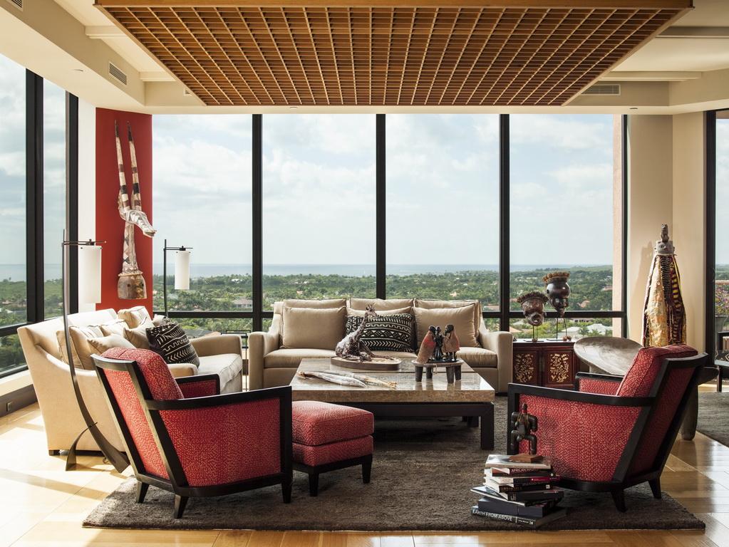 A_Taylors_design_penthouse_living_room_Florida_Archi-living_resize.jpg