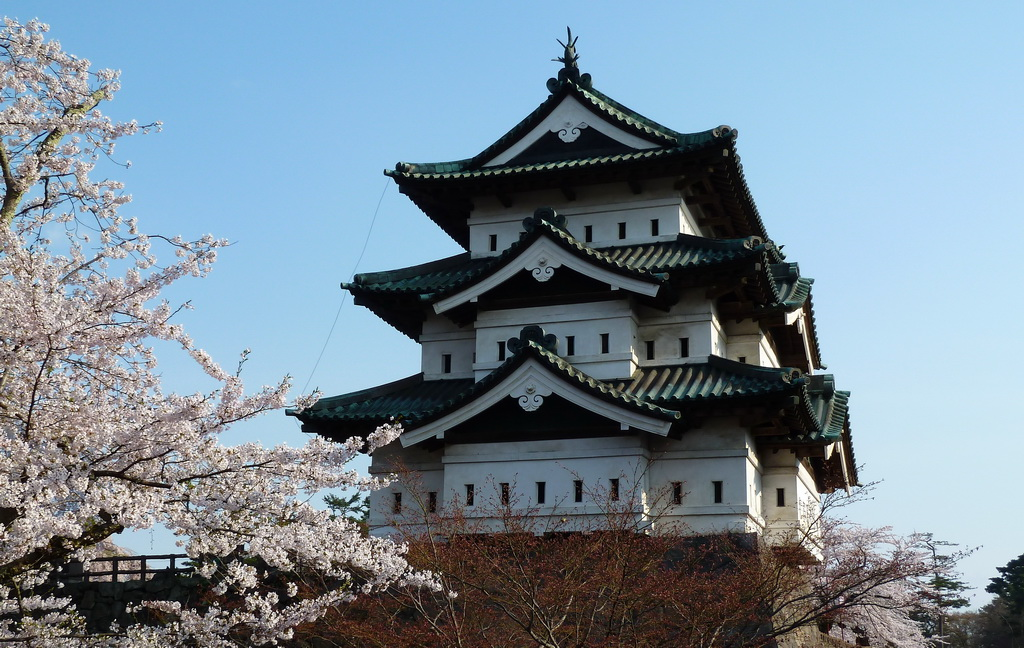 japan,castle,building,architecture,Asia,spring blossom,japan architecture,asian style,oriental style,travel destinations,travel attractions,travel inspiration,travel ideas,family holidays,family holiday ideas,romantic travel,romantic vacations,
