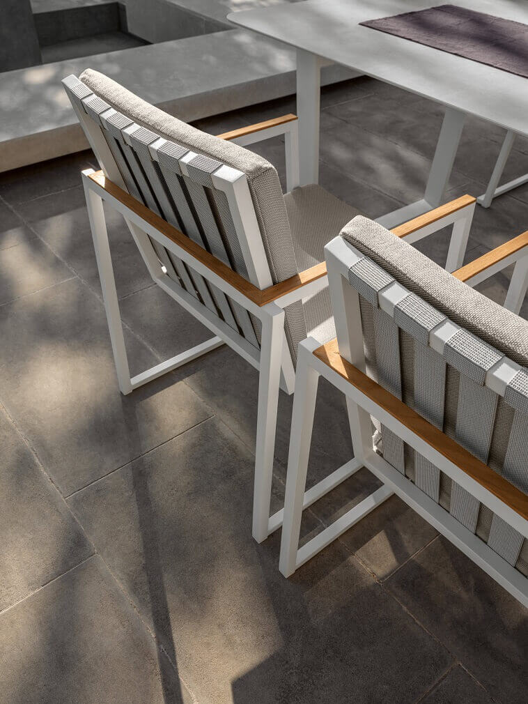 wood and metal outdoor chairs,garden dining armchairs,designer seating furniture neutral colors,set alabama talenti,marco acerbis studio,