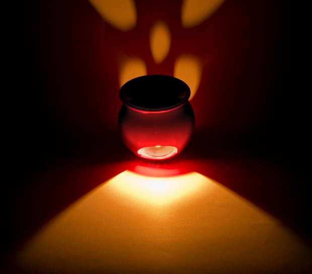 red aroma diffuser,red aroma lamp,aromatherapy benefits of lemon,essential oil benefits of lemon,citrus health benefits,