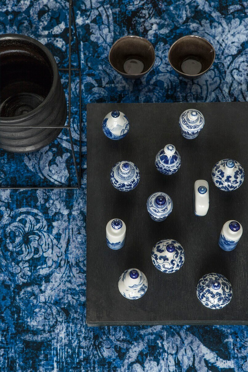 global fusion decoration,asian themed bedroom decor,blue and white decorating ideas,asian inspired design living room,decorative upholstery fabric high end,