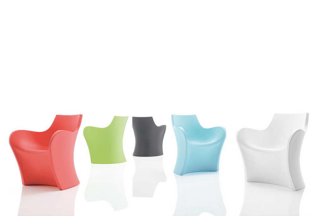 B_B-LINE_WOOPY_ARMCHAIR_design_Karim_Rashid_furniture_designer_interior_designer_Archi-living_resize.jpg