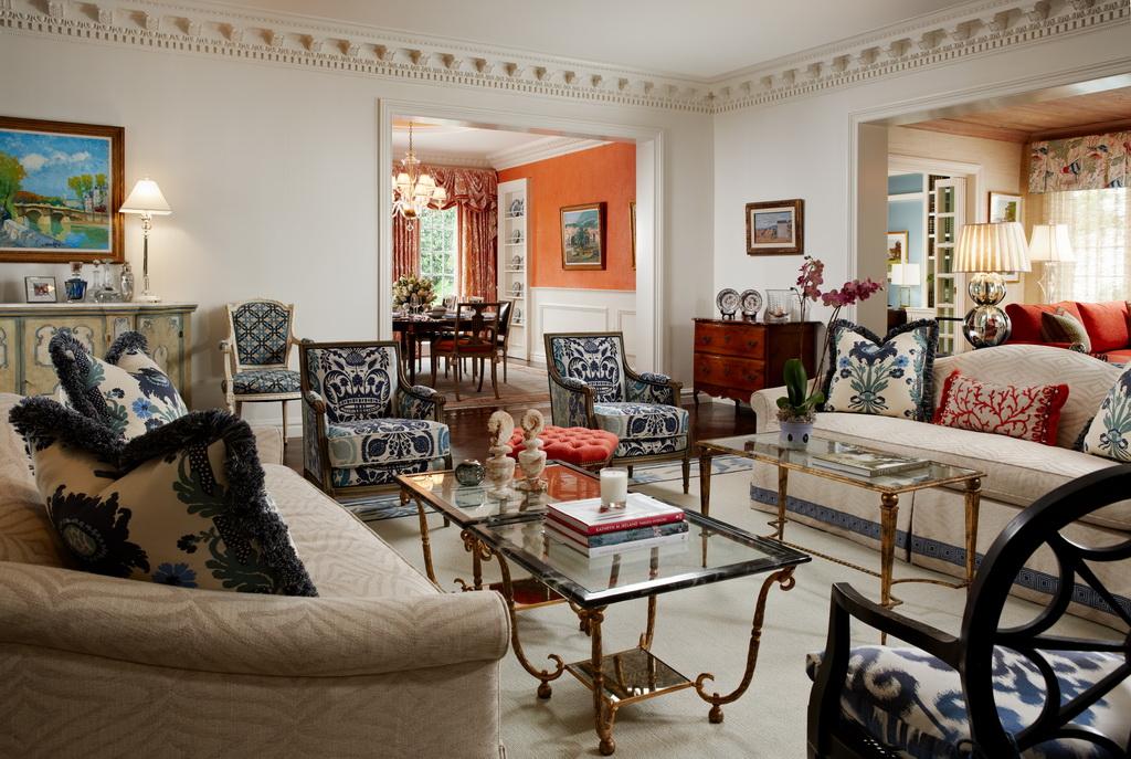 luxury living room decor,classic style interior design,regency style houses,palm beach house interior design,blue white red luxury living room decor,
