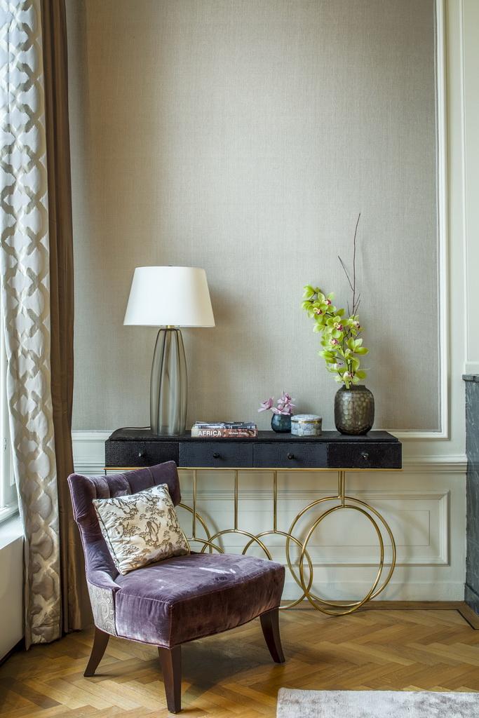 fabric,decorative fabric,curtains,decorative curtains,decorative pillows,upholstery,upholstery design,upholstery fabric,upholstery fabric ideas,upholstery ideas,upholstered furniture,house decorating ideas,