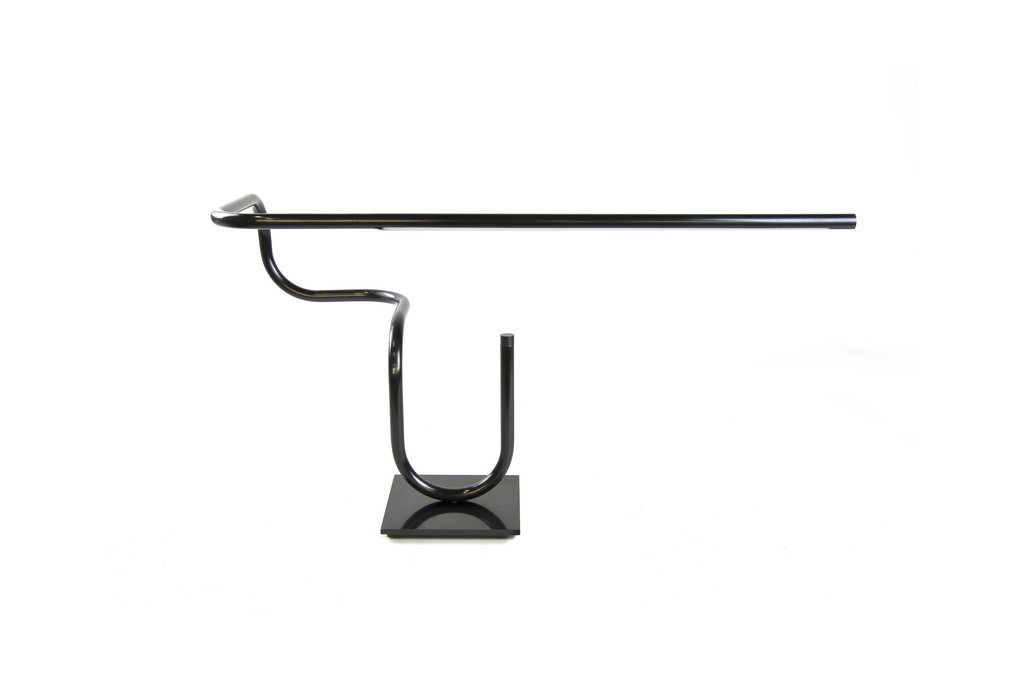 B_Tube-Desk-Light-by-Gentner-Design_NIBA-Home_lighting_design_Archi-living_resize.jpg