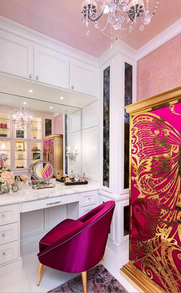 B_mademoiselle-armoire-nessa-chair-koket-projects_Bravo_Interior_Design_USA_Archi-living_resize.jpg