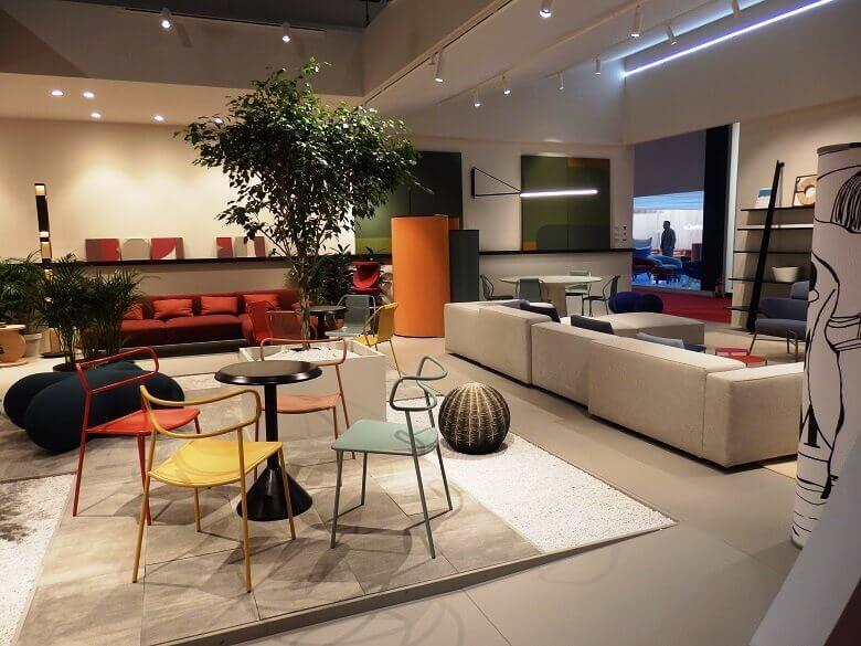 colorful chairs for cafe restaurant,hospitality furniture trends,designer seating furniture for living room,salone del mobile exhibitors,trendovi u uređenju interijera,