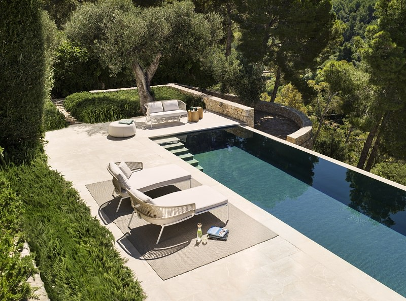 sun loungers,poolside,pool lounge,swimming pool,garden chairs,deck chairs,garden accessories,garden seat,stainless steel,stainless steel furniture,high end furniture,bar design,neutral color palette,living room decorating ideas,luxury apartments,apartment design,holiday apartments,design inspiration,design ideas,home style,home decor styles,decoration ideas,summer decorations,summer decorating ideas,modern apartment design,luxury furniture,seating furniture,sofa,modern furniture design ideas,designer furniture ideas,designer furniture,table design ideas,furniture designer,dining chairs,luxury dining room design,luxury dining room,luxury living room,outdoor living room,outdoor living room ideas,outdoor furniture ideas,luxury hotels,luxury restaurant design,restaurant design ideas,high end restaurant design,modern restaurant design,luxury bar design,bar design ideas,outdoor sofa ideas,outdoor,outdoor furniture,outdoor sofa,garden design,design,garden furniture,tribu,Piergiorgio Cazzaniga,