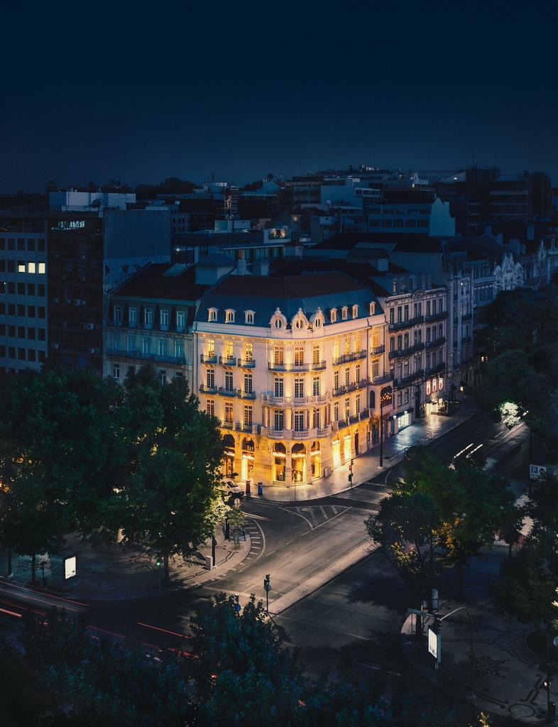 architecture in lisbon,Cristina Jorge de Carvalho Interior Design Studio,portuguese designers lisbon,facade lighting design,nineteenth century architecture,