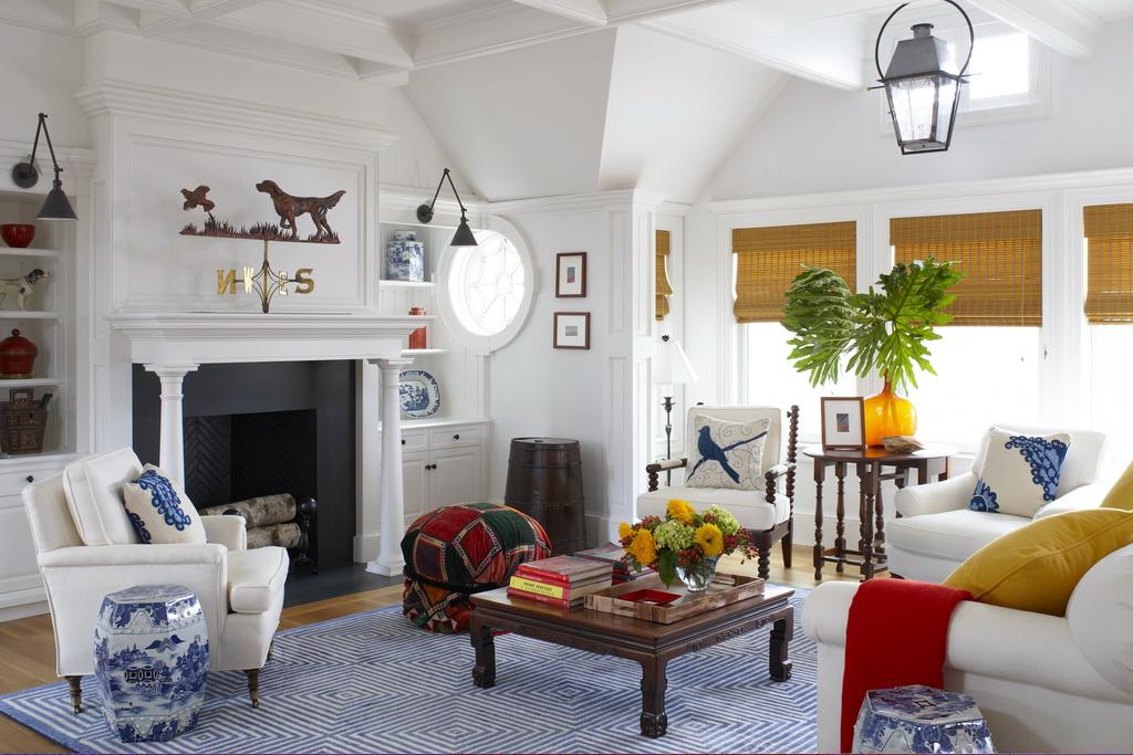 C_Gil-Walsh-Interiors_Massachusetts_design_living_room_art_style_furniture_Archi-living_resize.jpg