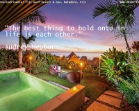 audrey hepburn citati,audrey hepburn quotes about love,romantic date night at hotel ideas,outdoor romantic dinner ideas,beautiful sunset by the pool,