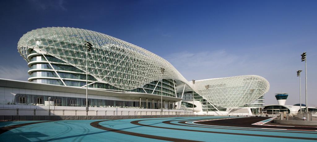 C_YAS_VICEROY_HOTEL_YAS_ISLAND_UAE_travel-destination_Archi-living_resize.jpg