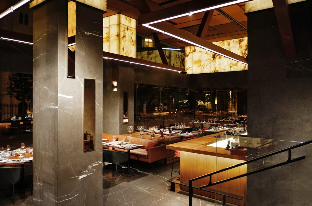 Modern Restaurant & Lounge – Discover the Interiors of ...