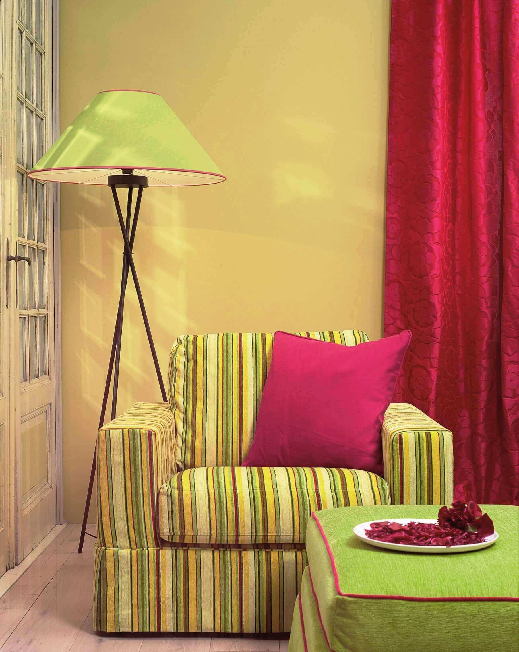 colorful decorative pillow,relaxing room design,green living room ideas,green sofa design,weekend interior design,