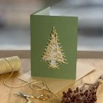 Christmas cards with seeds in them,wildflower seed greeting cards,eco friendly holiday cards,plantable holiday cards,plantable Christmas tree decorations with seeds,