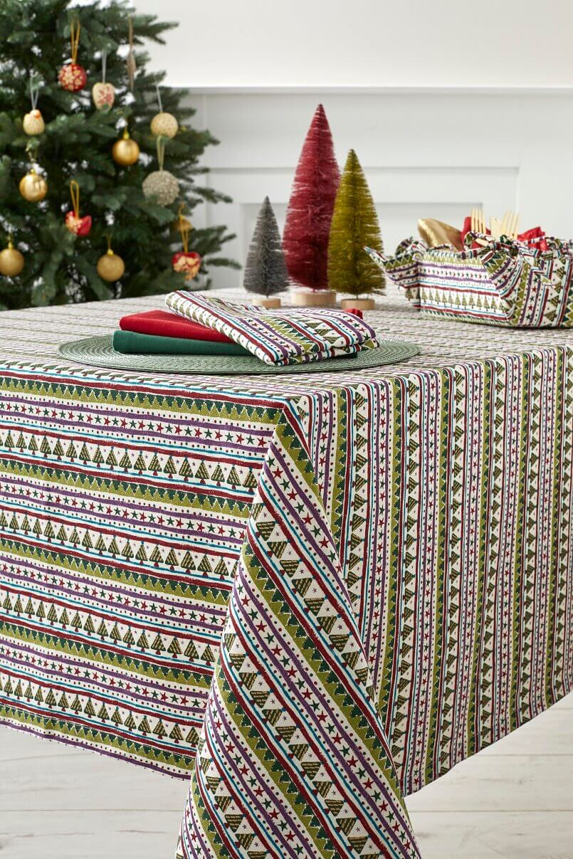 Christmas striped pattern,colorful modern table linens,holiday tablecloths and napkins,colorful tablecloths festive Christmas,festive table centerpiece,