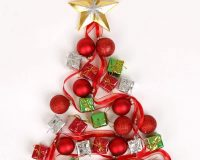 Christmas tree ideas for centrepieces,creative holiday centrepieces,how designers decorate for Christmas,Christmas tree design on wall,festive wall décor,