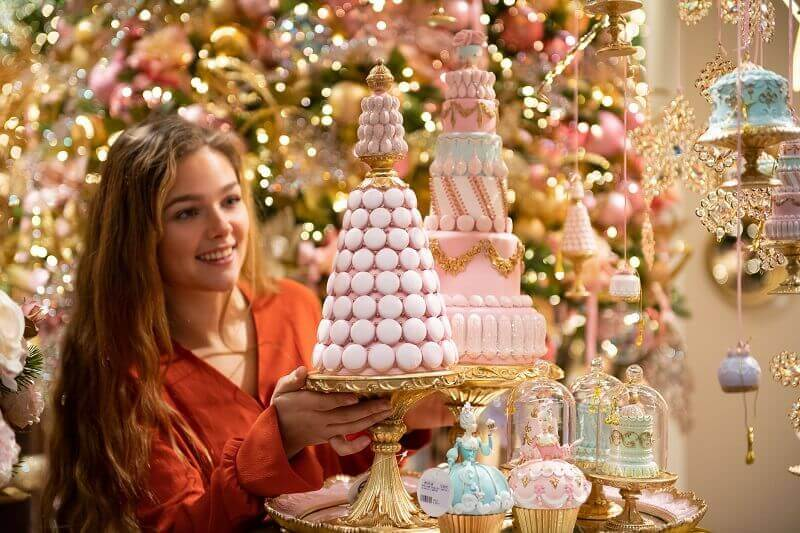 pink gold white Christmas tree,food inspired holiday decorations,macarons as holiday ornaments,cupcakes Christmas ornaments,Christmasworld messe frankfurt,