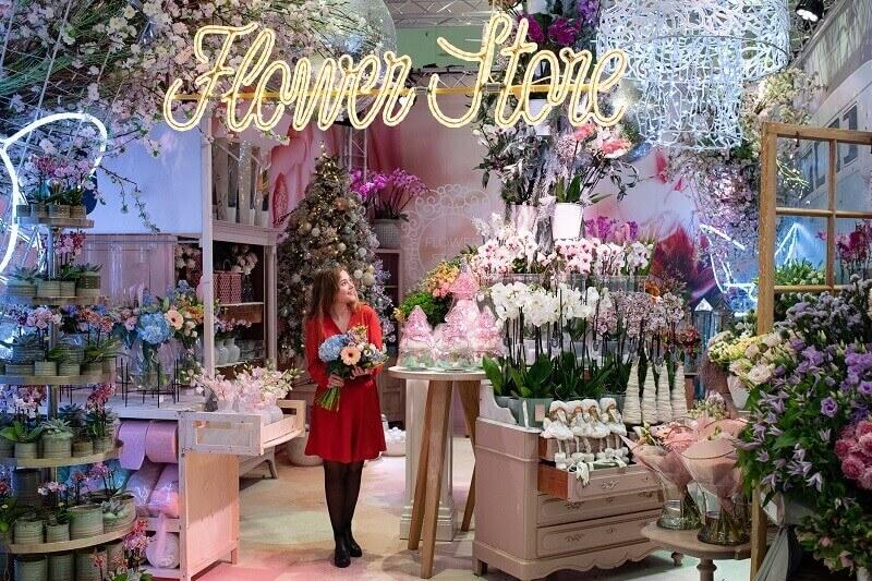 retail garden center design ideas,flower shop garden design,retail lighting design trends,how to decorate a retail store for Christmas,shop decoration flowers,