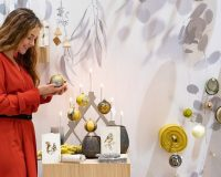 Christmasworld trends 2019,new trends in holiday decorating,Christmas decor ideas for living room,ideas for decorating a retail store for Christmas,holiday retail window displays,