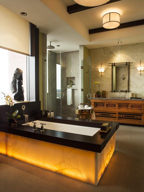D_Taylors_design_penthouse_bathroom_Florida_Archi-living_resize.jpg
