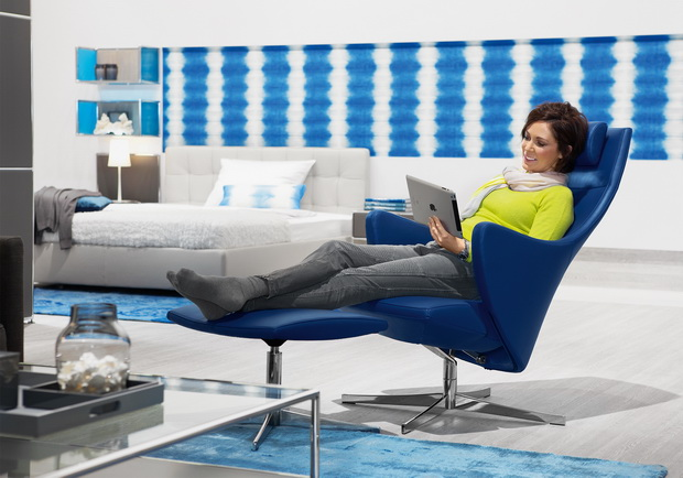 Dauphin_Home_relax_chair_4+_people_resize.jpg