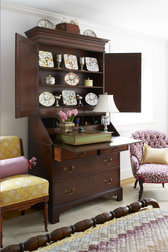 E_Gil-Walsh-Interiors_Massachusetts_design_art_style_furniture_Archi-living_resize.jpg