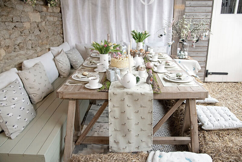 Easter decorations in neutral design,bunny rabbit table runner,table decor for outdoor,Easter breakfast table decorations,rustic table decor ideas for Easter,