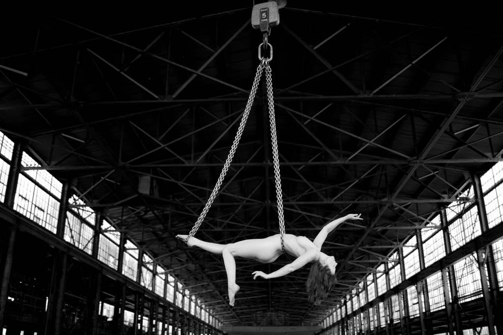 F_Acey-Harper_New-Art-at-NIBA-Home_girl-woman-acrobat_Archi-living_resize.jpg