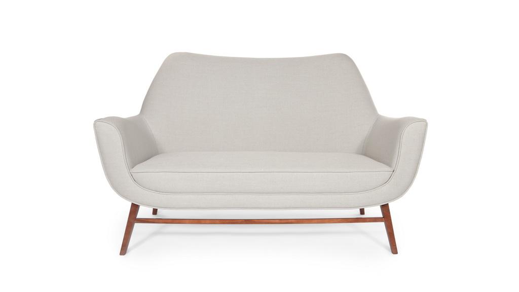 F_INSIDHERLAND_Western_sofa_living_room_design_decor_Archi-living_resize.jpg
