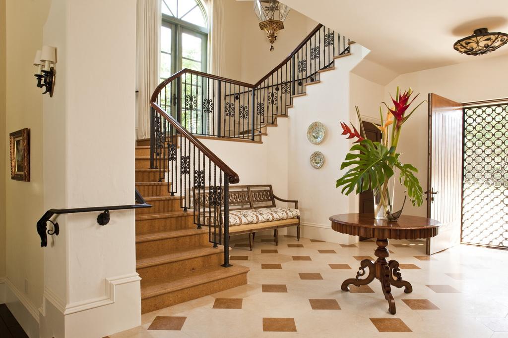 stairway design ideas,wrought iron stairway design,luxury staircase ideas,lobby design ideas,luxury lobby design,