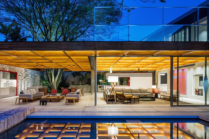 Family Residence in So Paulo  Architecture Intertwined with Nature