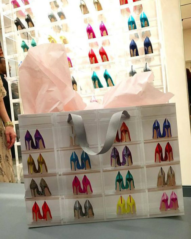 Sarah Jessica Parker, SJP Shoes, SJP Brand, Celebrity Brand, Celebrity Shoe Store, Celebrity Shoes, Celebrity Fashion, Carrie Bradshaw, Sex and the City, Sex and the City Style, Carrie Bradshaw Shoes, Designer Shoes, Designer Fashion, Retail Design, Washington D.C.