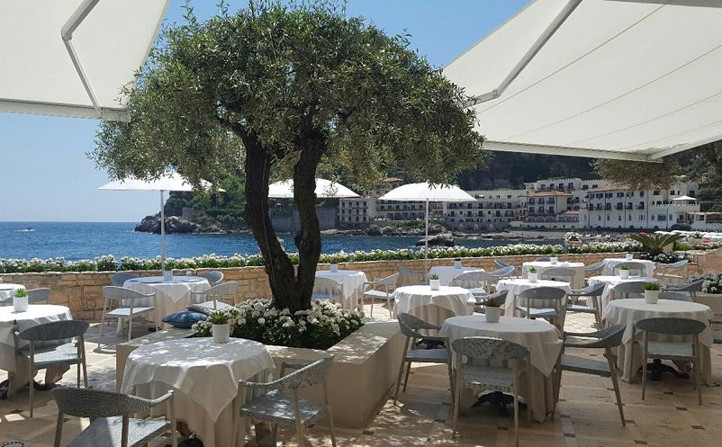 Grand Hotel Mazzarò Sea Palace,Taormina,Sicily,hospitality design,hospitality,hotel design,hotels,outdoor furniture,Varaschin,travel,travel ideas,travel inspiration,travel destinations
