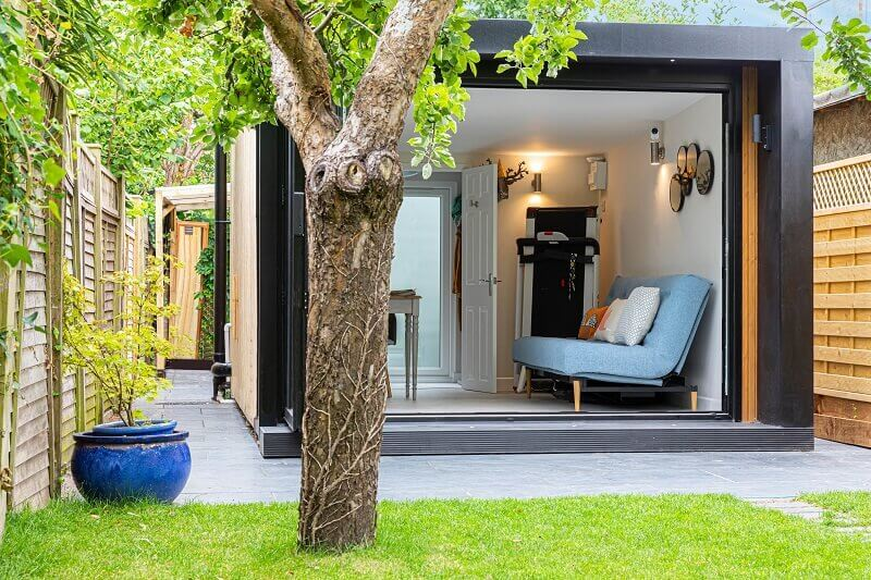 staycation space in your home,autumn ideas for your garden,urban garden ideas,living room garden ideas,relaxing space in your home,