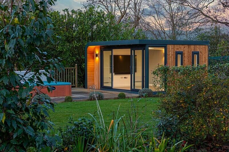 home cinema in garden room,contemporary garden room ideas,home cinema room ideas,autumn garden ideas,garden house design ideas,