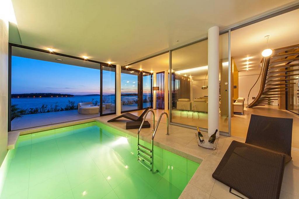 H_02goldenrays_luxury_villas_Primosten_Croatia_travel_swimming_pool_design_Archi-living_resize.jpg