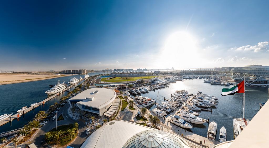 H_Yas_Marina_Yas-Island_UAE_travel-destination_Archi-living_resize.jpg
