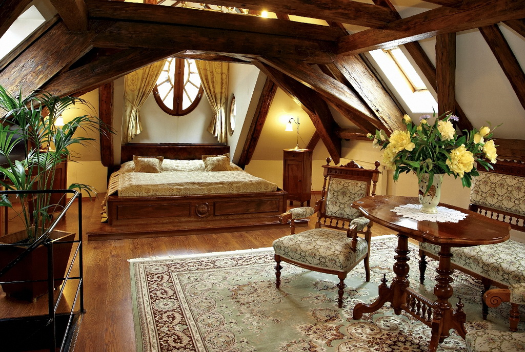 Attic, decoration