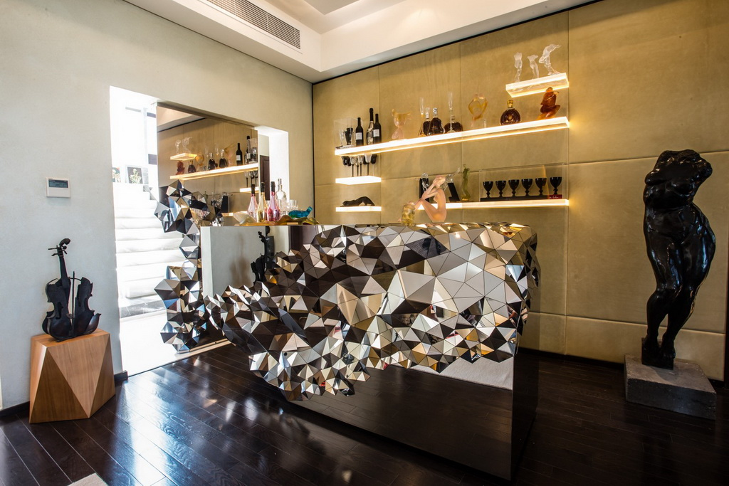 luxury home bar designs,luxury home bar furniture,luxury dining room design,luxury dining room,luxury living room,