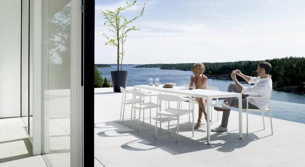 Illum-dining-set-white-2_resize.jpg