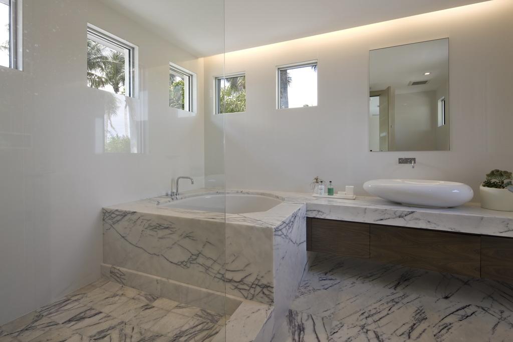 South Florida Luxury Home By Michael Wolk Design Associates Archi - Florida bathroom designs